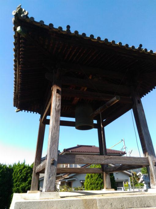 鐘突堂をオートで撮る